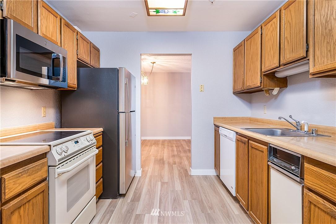 Sold Property | 18606 52nd Avenue W #233 Lynnwood, WA 98037 5