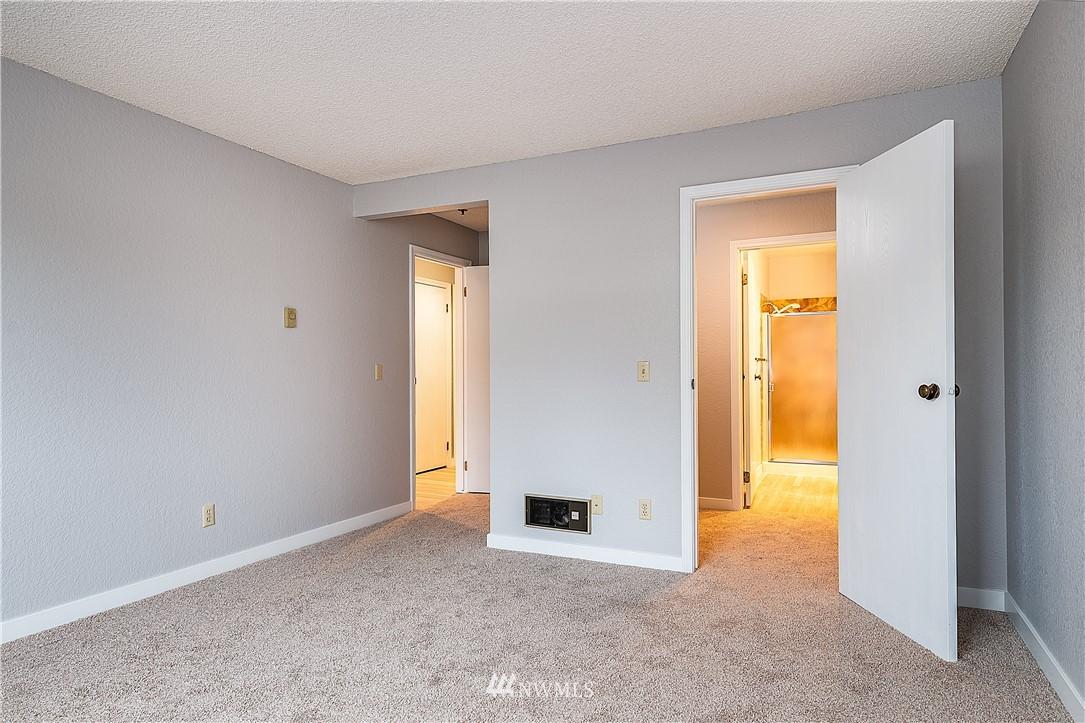 Sold Property | 18606 52nd Avenue W #233 Lynnwood, WA 98037 7