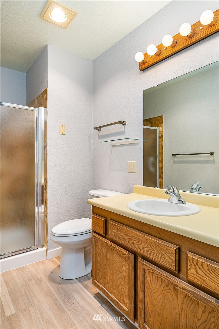 Sold Property | 18606 52nd Avenue W #233 Lynnwood, WA 98037 10
