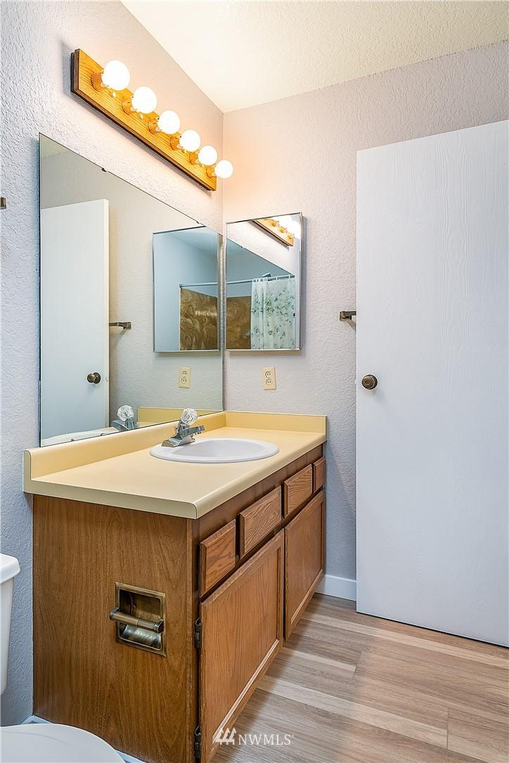 Sold Property | 18606 52nd Avenue W #233 Lynnwood, WA 98037 13