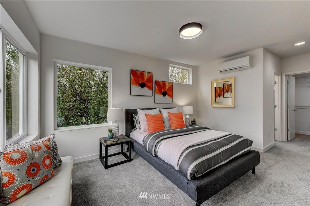 Sold Property   3940 S Brandon Street #A Seattle, WA 98118 6
