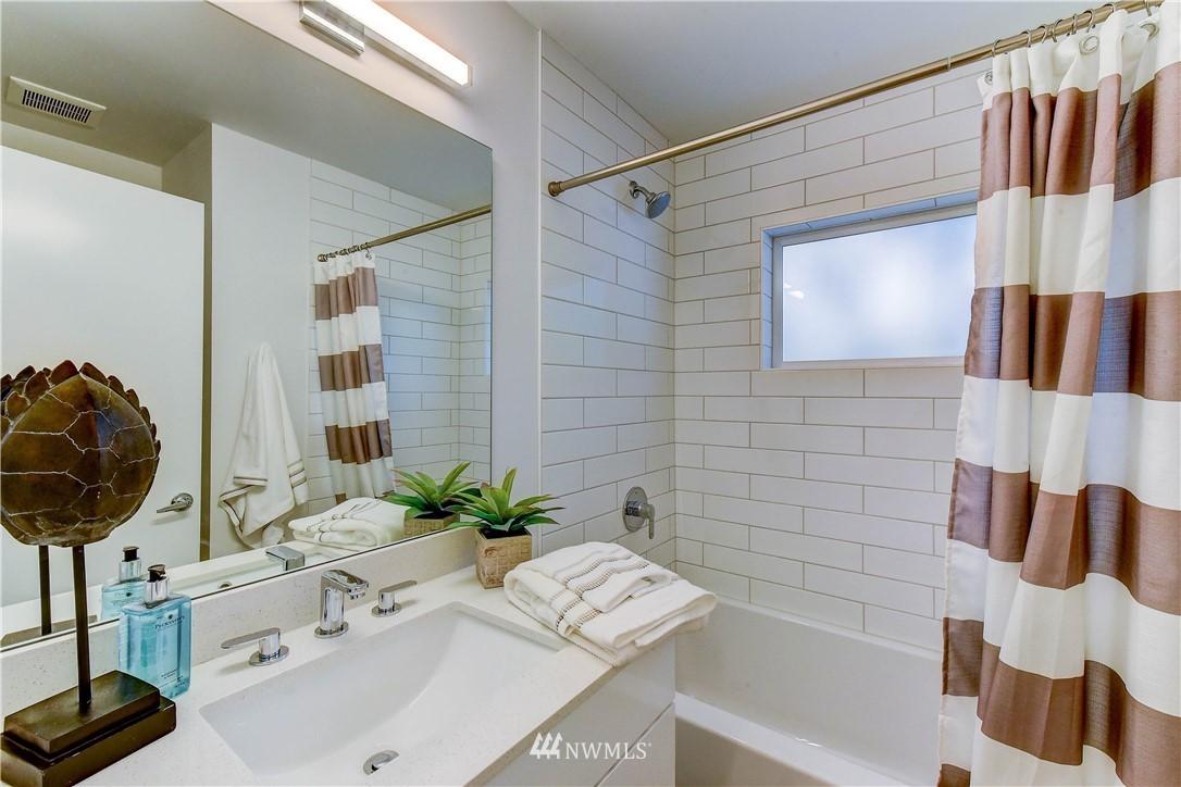 Sold Property   3940 S Brandon Street #A Seattle, WA 98118 10