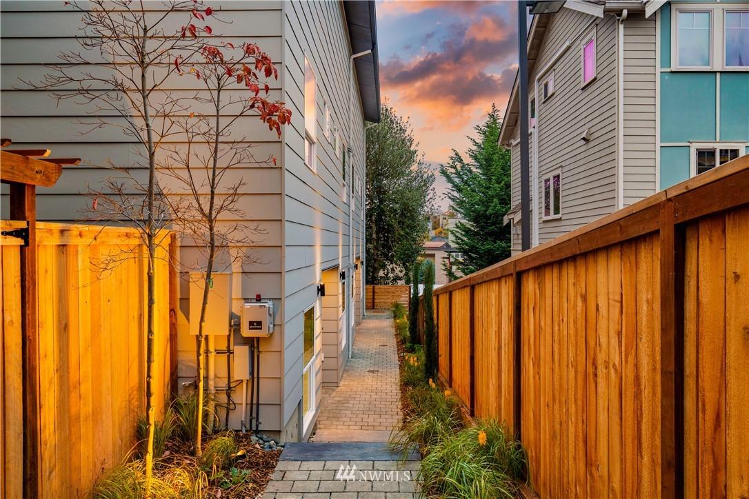 Sold Property   3940 S Brandon Street #A Seattle, WA 98118 14