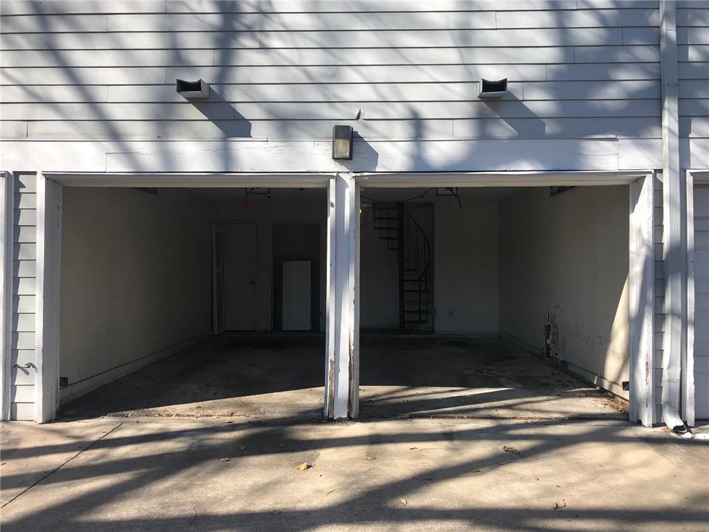 Pending | 1808 Rio Grande Street #8 Austin, TX 78701 1