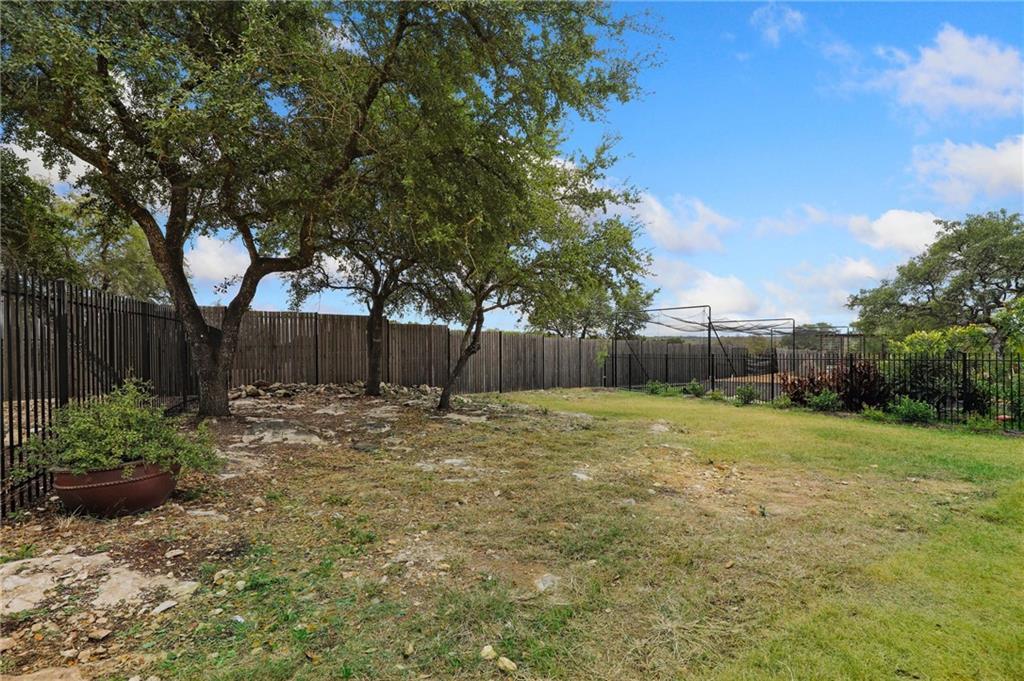 Closed | 6725 Taomina Drive Austin, TX 78739 32