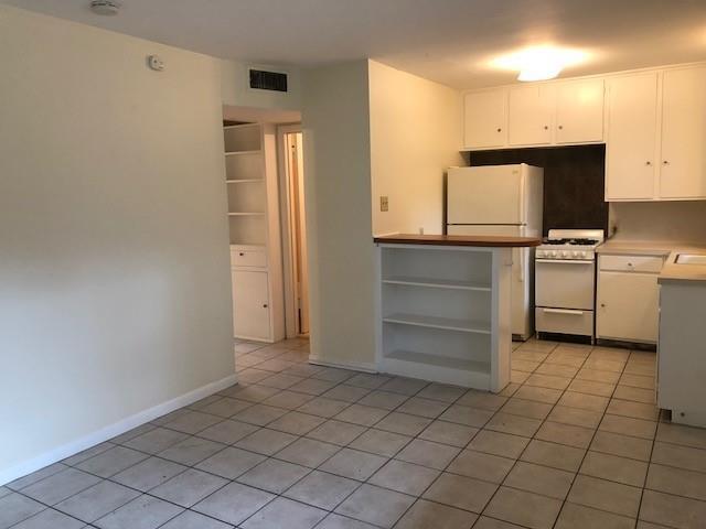 Pending | 1212 W 13th Street #K, C Austin, TX 78703 4