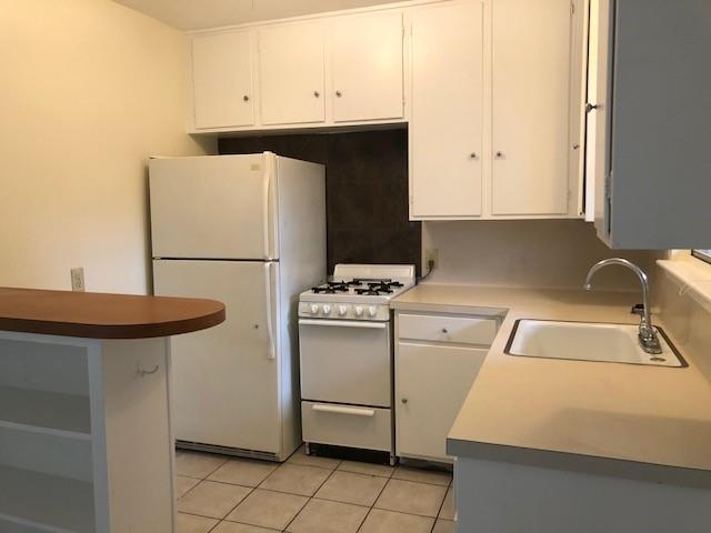 Pending | 1212 W 13th Street #K, C Austin, TX 78703 5