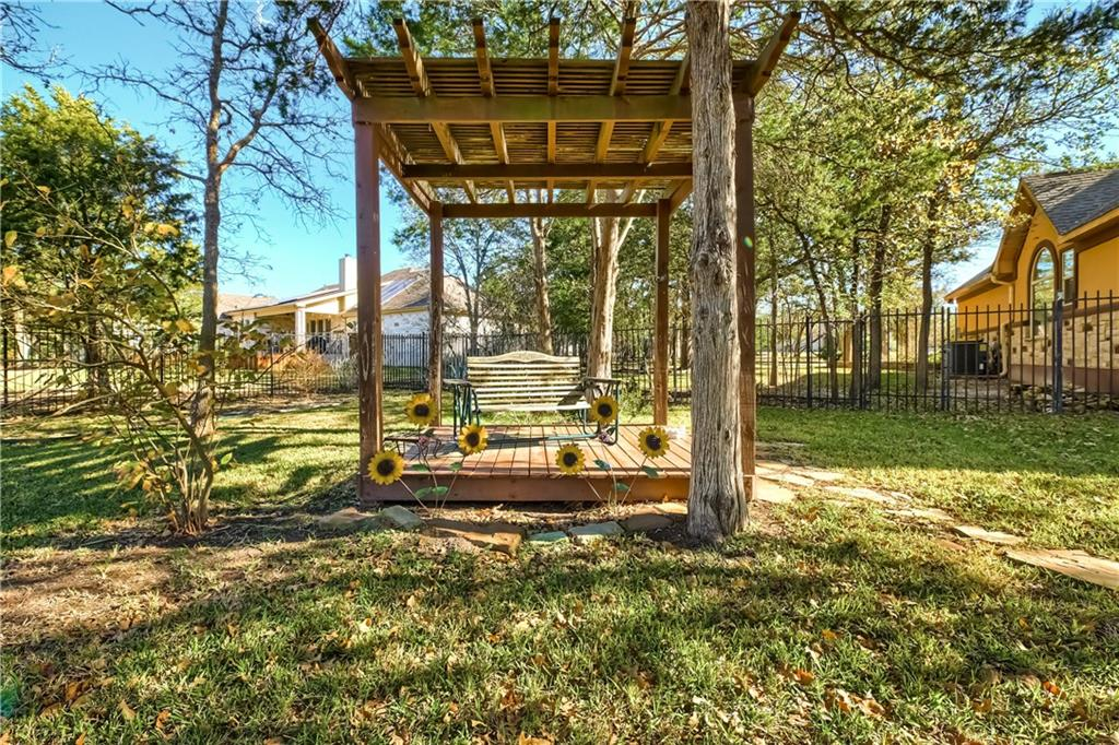 Closed | 138 Valley View Drive Bastrop, TX 78602 38