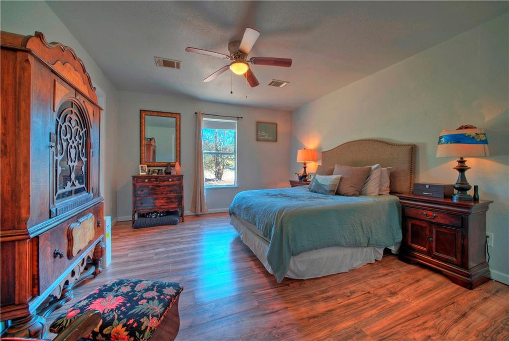 Closed | 112 Smith Lane San Marcos, TX 78666 11