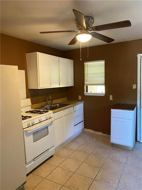 Closed | 2902 Glen Rae Street Austin, TX 78702 4