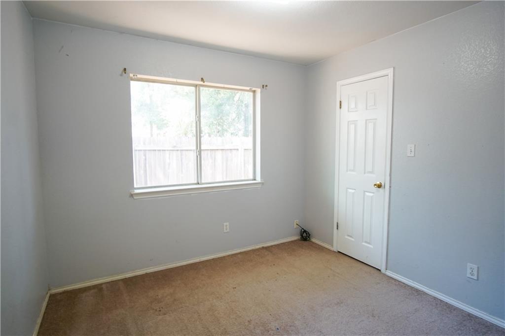 Closed   4723 Castleman Drive Austin, TX 78725 13
