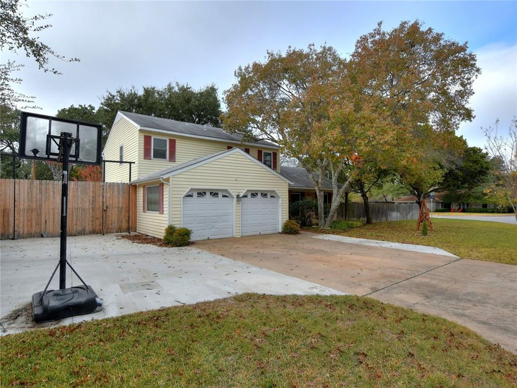 Closed   1406 Wood Rock Drive Round Rock, TX 78681 2