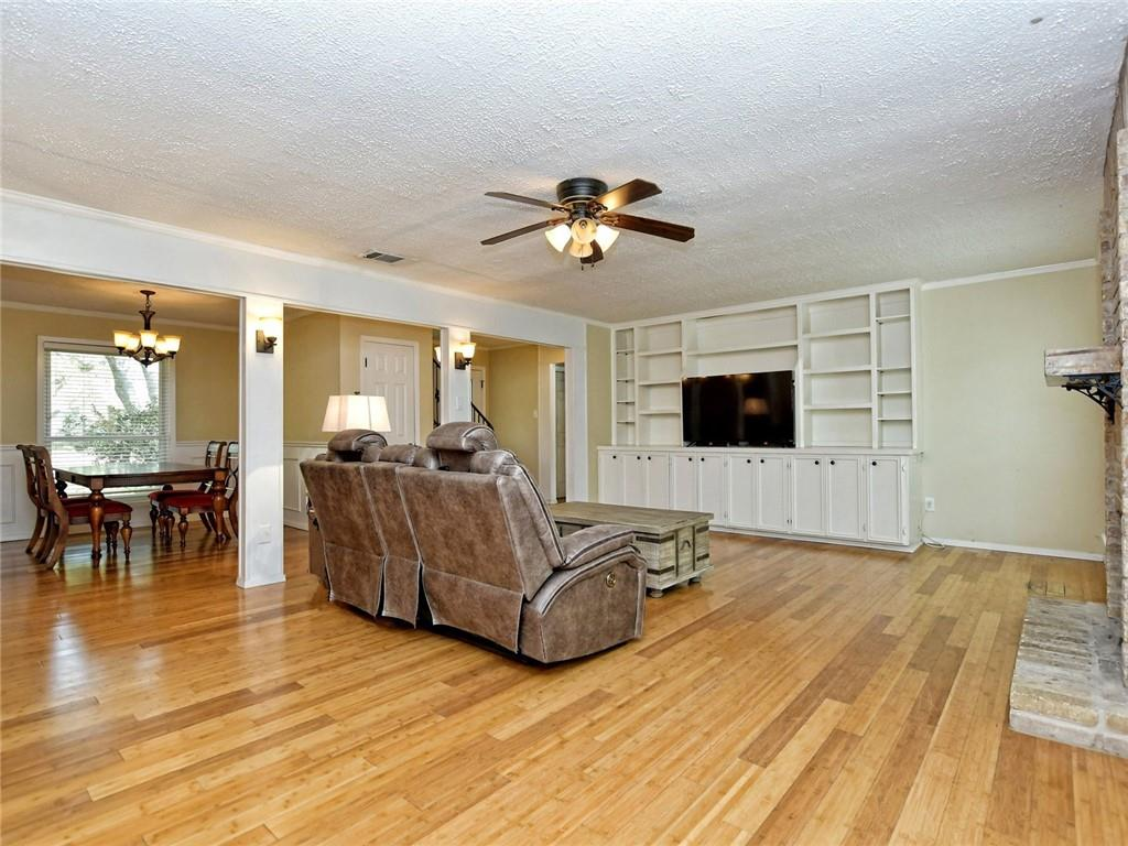 Closed   1406 Wood Rock Drive Round Rock, TX 78681 8