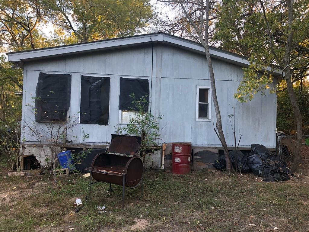 Closed   114 Plum Street Bastrop, TX 78602 7