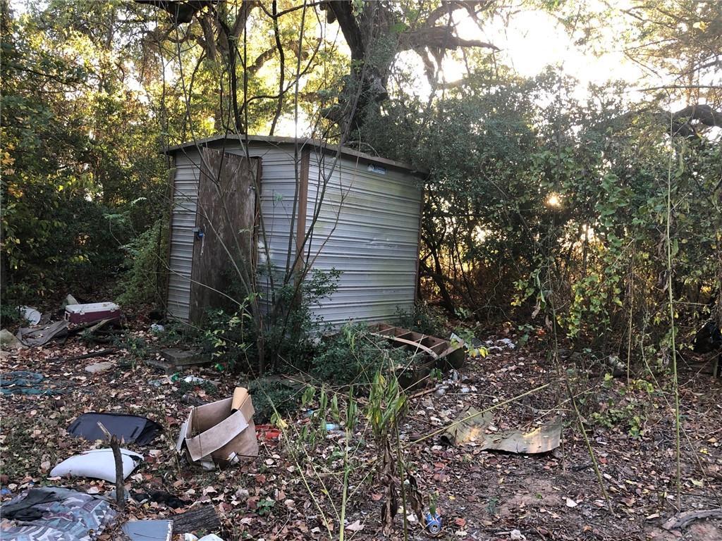 Closed   114 Plum Street Bastrop, TX 78602 8