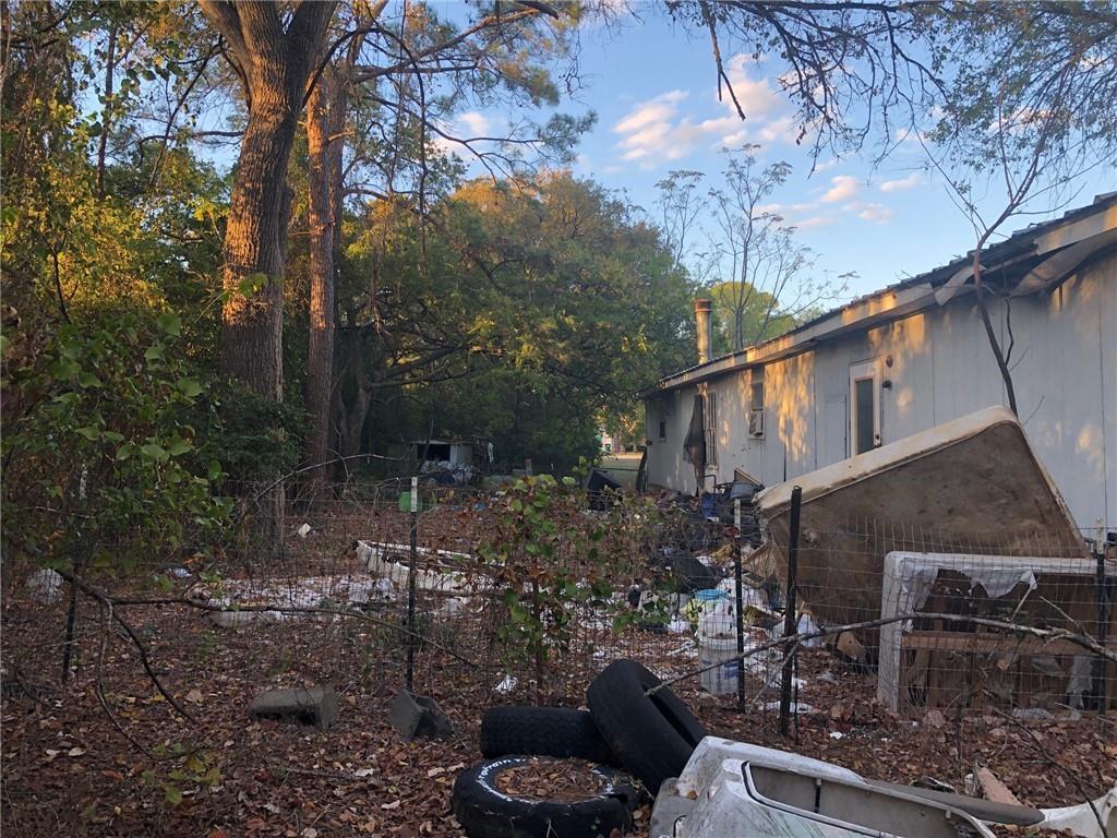 Closed   114 Plum Street Bastrop, TX 78602 12
