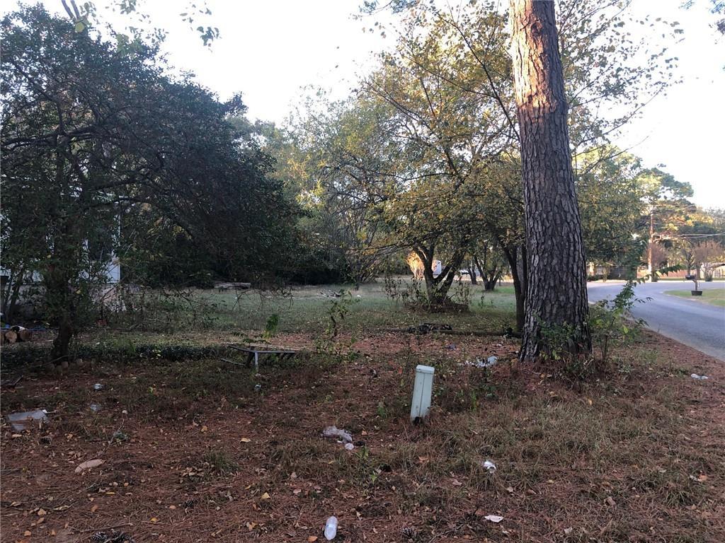Closed   114 Plum Street Bastrop, TX 78602 13