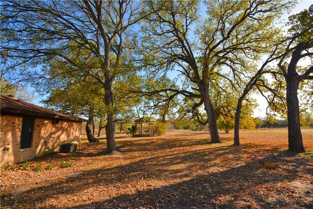 Closed | 2196 County Road 306 Rockdale, TX 76567 22