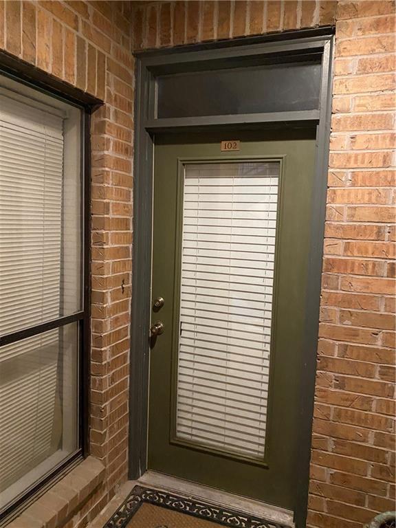 ActiveUnderContract | 1910 Robbins Place #102 Austin, TX 78705 15