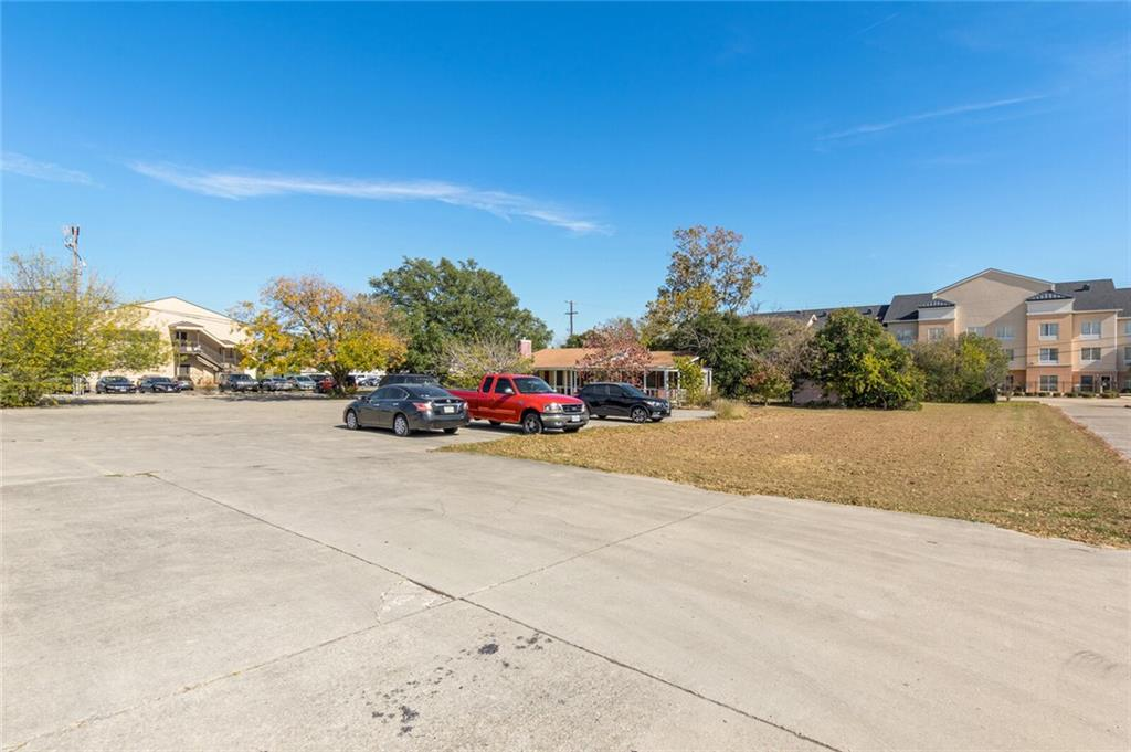 Active   2206 Florence Road Killeen, TX 76542 21