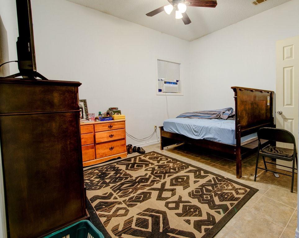 ActiveUnderContract | 1402 Valleyridge Drive Austin, TX 78704 22