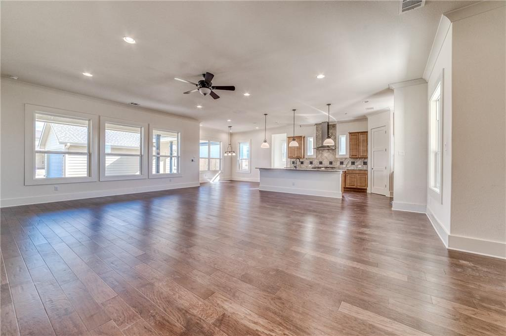 Active | 1009 Scenic Drive Georgetown, TX 78626 7