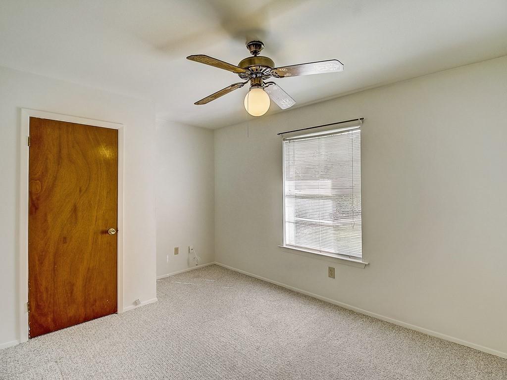 Closed   9404 Shady Oaks Drive Austin, TX 78729 11
