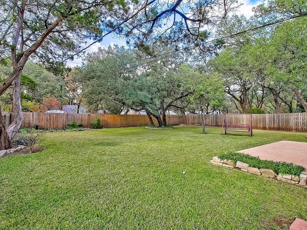 Closed   9404 Shady Oaks Drive Austin, TX 78729 14