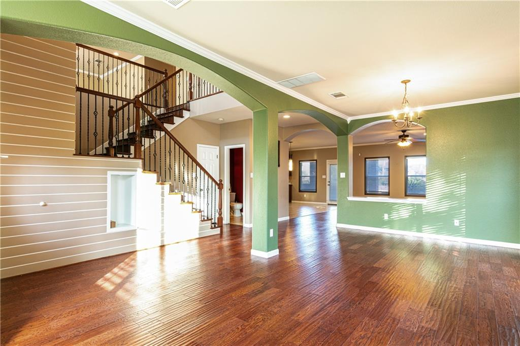 Closed   4009 Meadow Bluff Way Round Rock, TX 78665 3