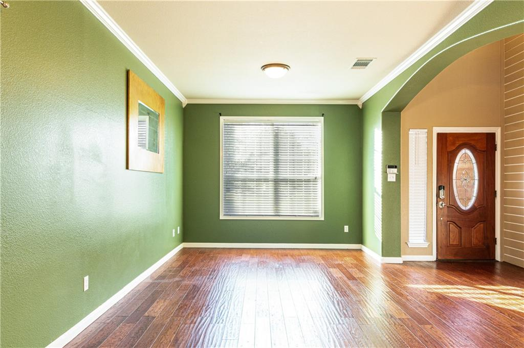 Closed   4009 Meadow Bluff Way Round Rock, TX 78665 6