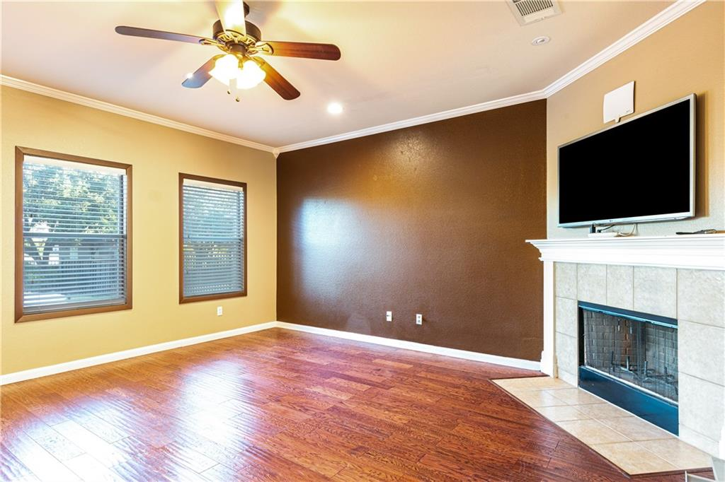 Closed   4009 Meadow Bluff Way Round Rock, TX 78665 7