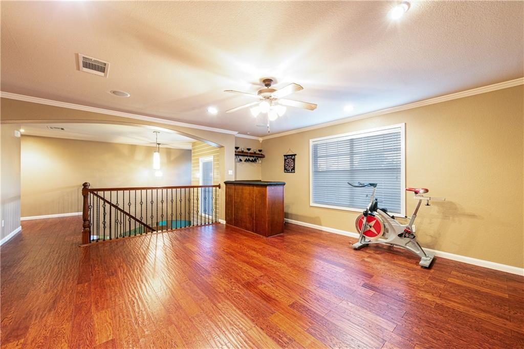 Closed   4009 Meadow Bluff Way Round Rock, TX 78665 16