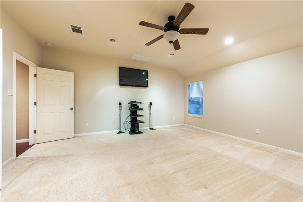 Closed   4009 Meadow Bluff Way Round Rock, TX 78665 17