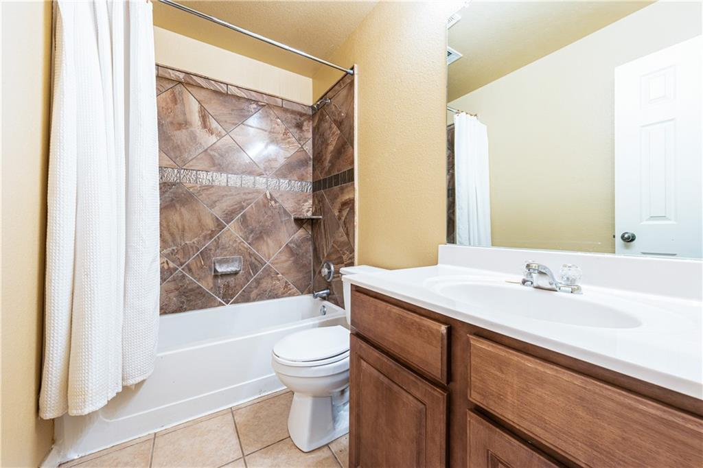 Closed   4009 Meadow Bluff Way Round Rock, TX 78665 27
