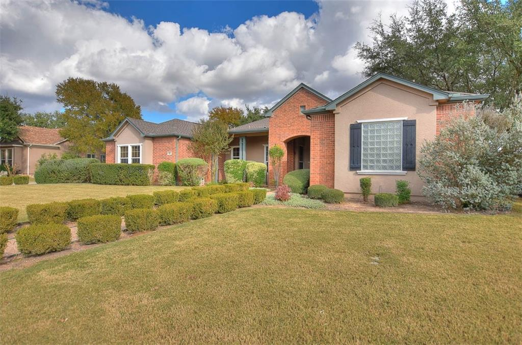 Pending | 189 Dove Hollow Trail Georgetown, TX 78633 1