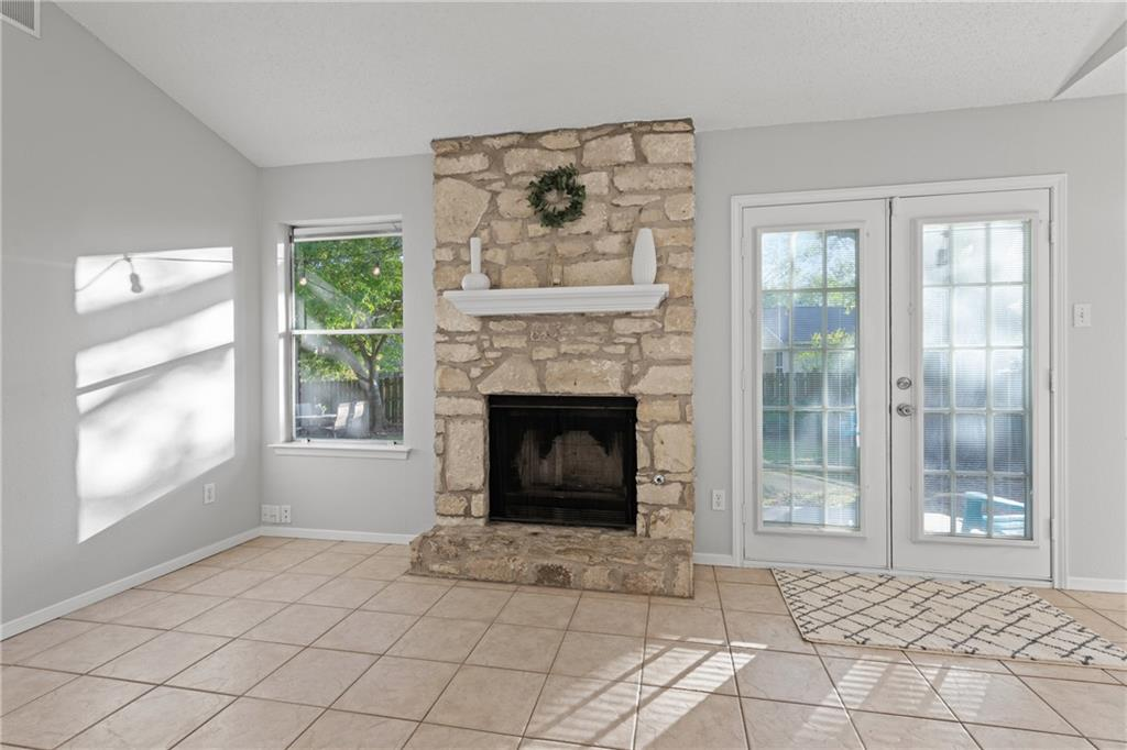 Closed   2705 Crownspoint Drive Austin, TX 78748 8