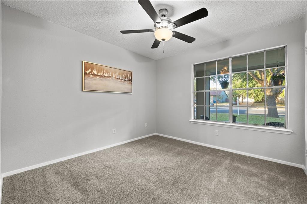 Closed   2705 Crownspoint Drive Austin, TX 78748 26