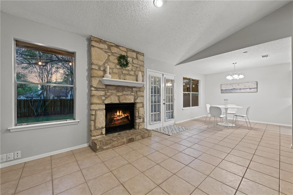 Closed   2705 Crownspoint Drive Austin, TX 78748 31