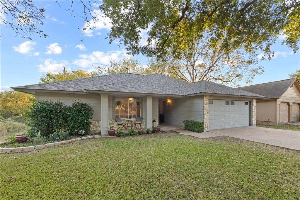 Closed   2705 Crownspoint Drive Austin, TX 78748 32