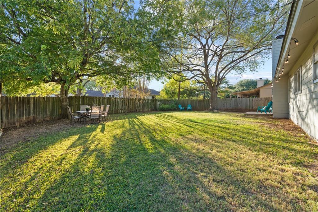 Closed   2705 Crownspoint Drive Austin, TX 78748 33