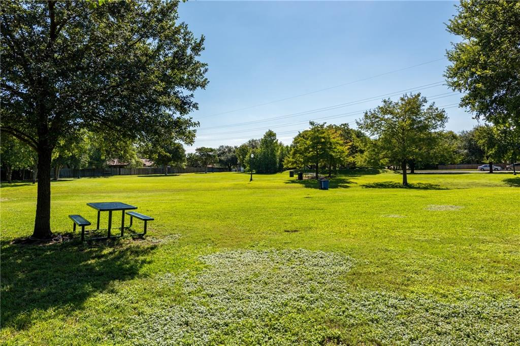 Closed   2705 Crownspoint Drive Austin, TX 78748 38