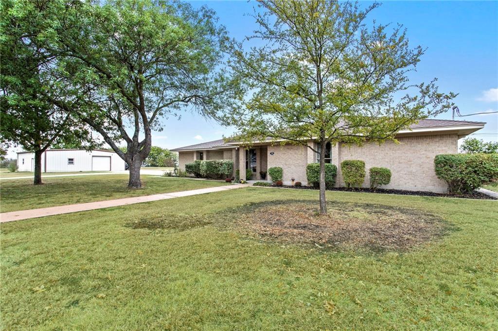 Closed | 752 County Road 132 Hutto, TX 78634 1