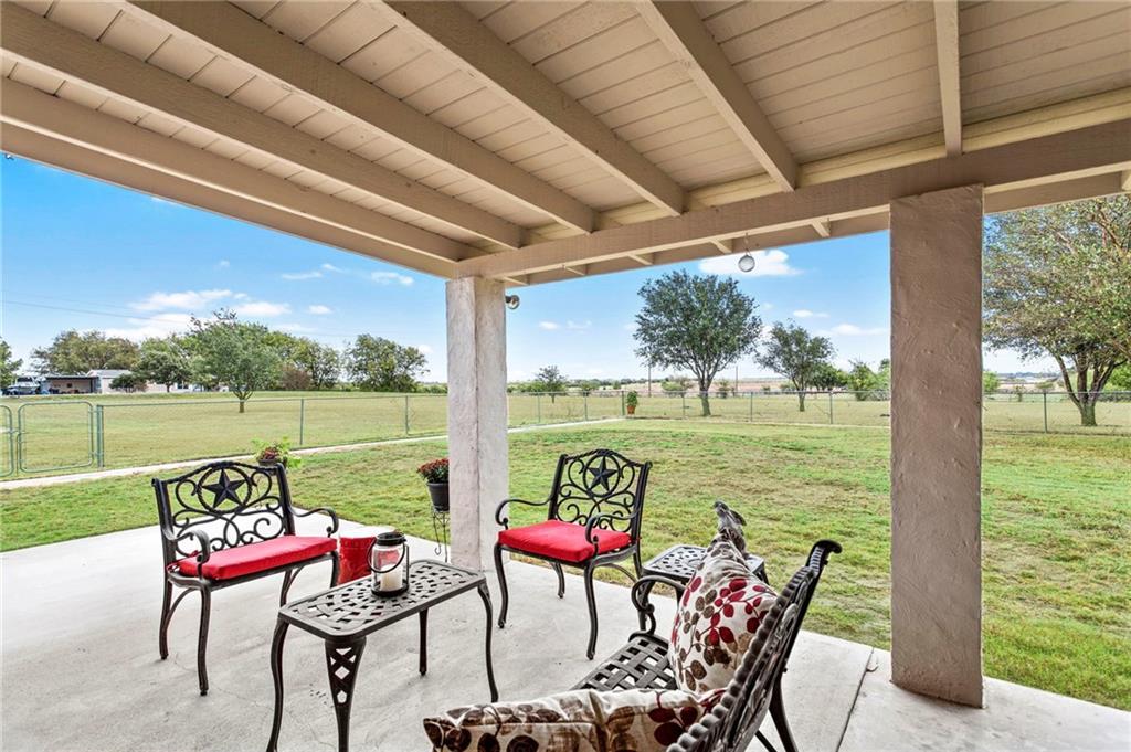 Closed | 752 County Road 132 Hutto, TX 78634 29