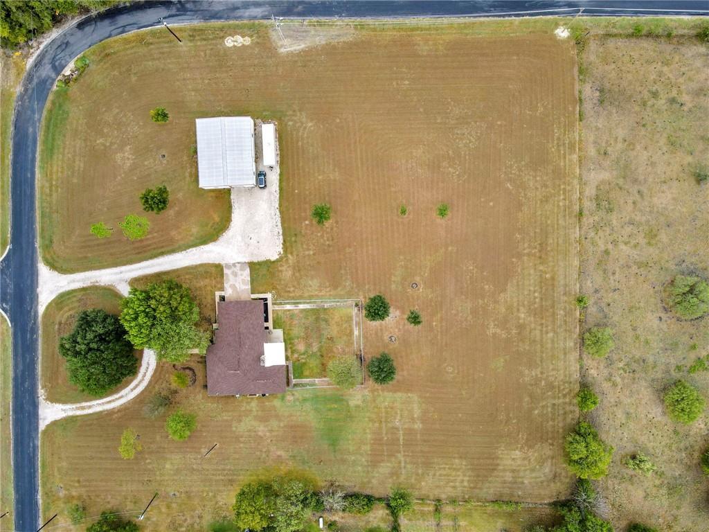 Closed | 752 County Road 132 Hutto, TX 78634 34
