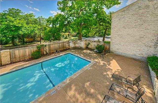 Active | 808 W 29th Street #204 Austin, TX 78705 28
