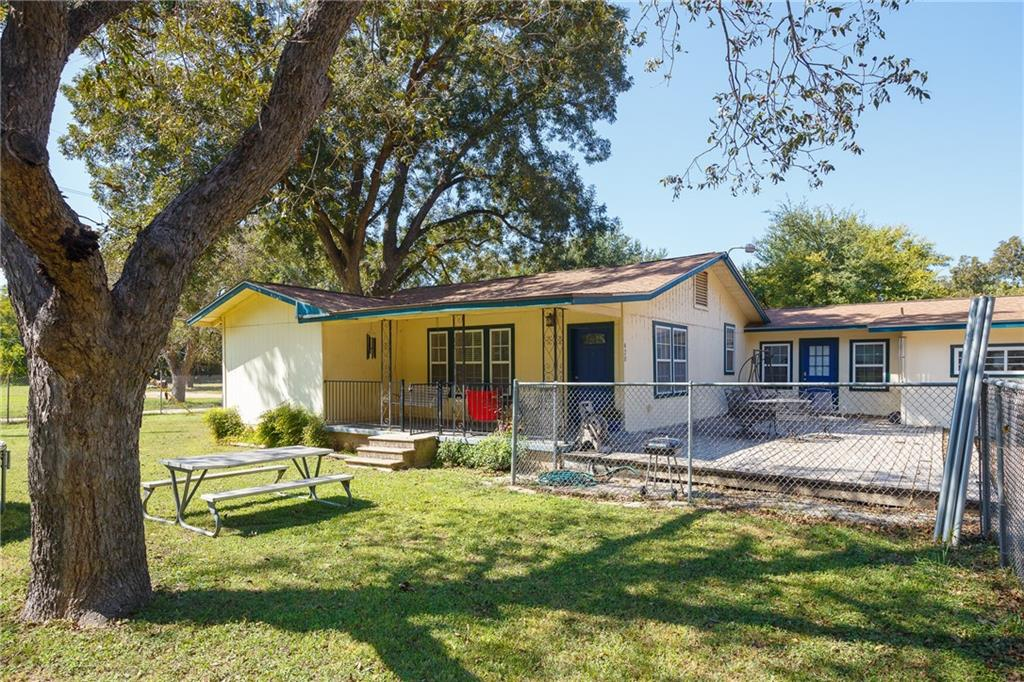 Active   420 Thompson Lane Austin, TX 78742 1