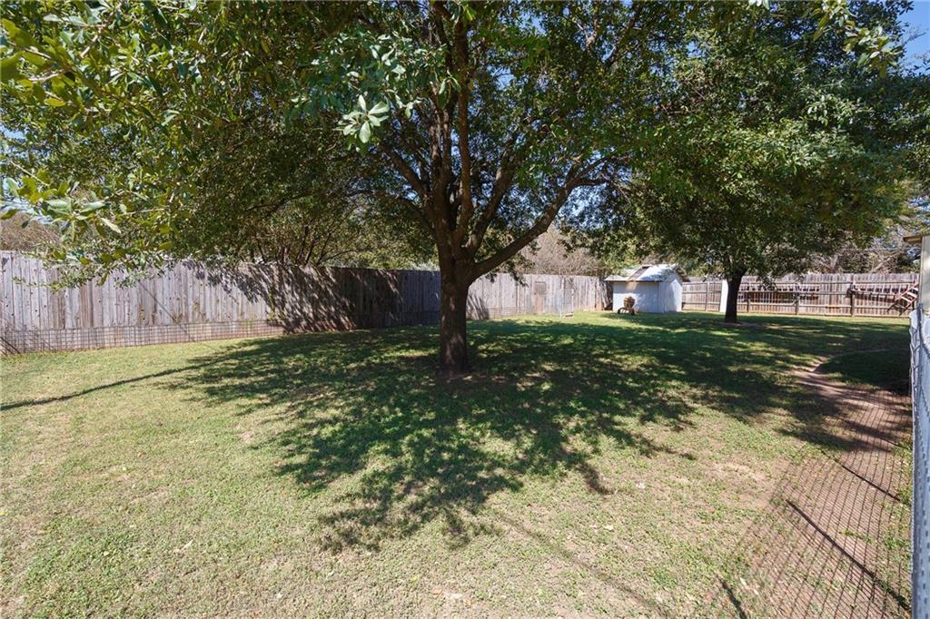 Active   420 Thompson Lane Austin, TX 78742 24
