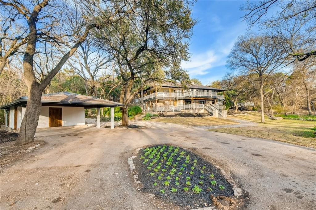 Active   1308 Country Club Road Georgetown, TX 78628 2