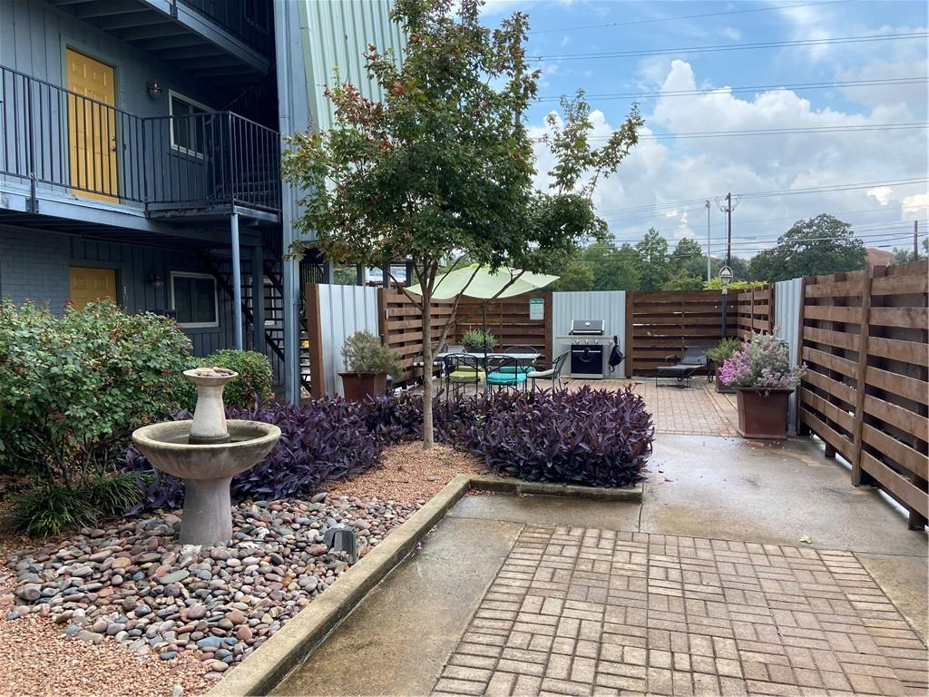ActiveUnderContract | 3815 Guadalupe Street #206 Austin, TX 78751 25