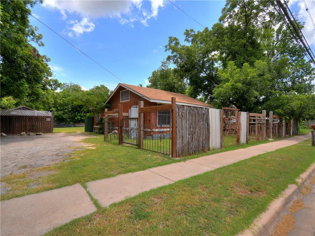 Active | 1047 Springdale Road Austin, TX 78721 8